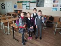 ПОЗДРАВЛЯЕМ команды школьного шахматного клуба!